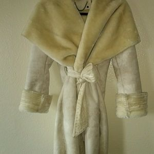 062e88a5f269 Women s Neiman Marcus Fur Coat on Poshmark